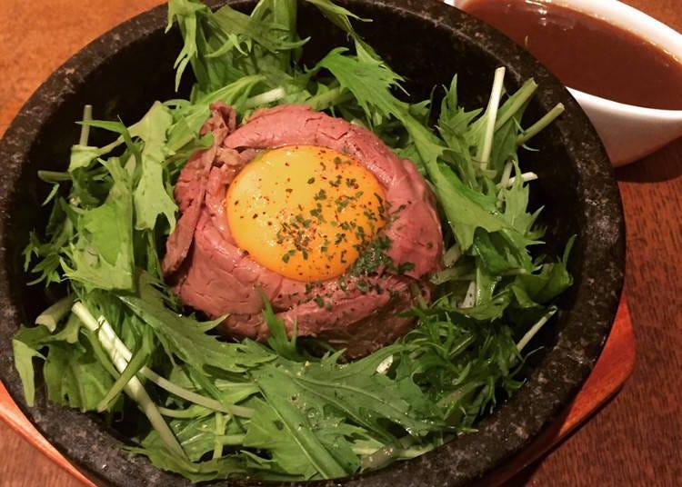 石焼スタイルの熱々ローストビーフ丼