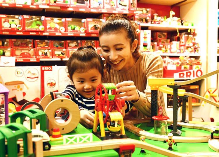 【3階】乳幼児向けの玩具がずらり