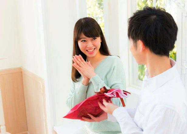 ホワイトデー:日本流バレンタインデーのお返し