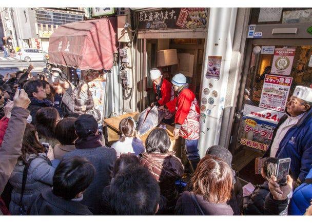 1번째. 도쿄 츠키지 장외시장내의 츠키지 스시 이치반.