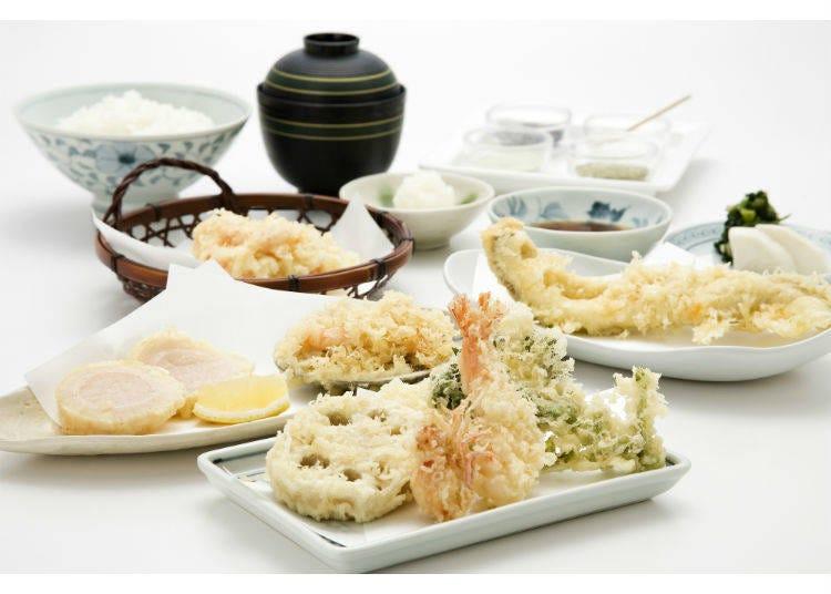 老舗の天ぷらをカウンター席でいただく