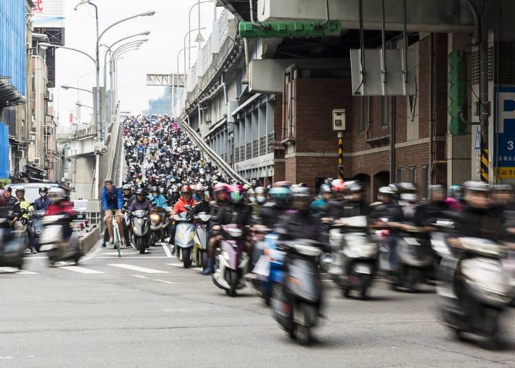 摩托車的數量多到不行!摩托車王國?!