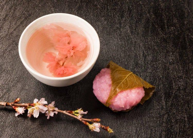樱花味甜品和饮品