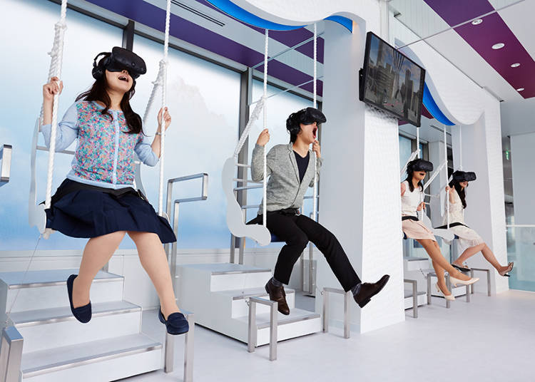 Sky Circus: Flying Over VR Tokyo!
