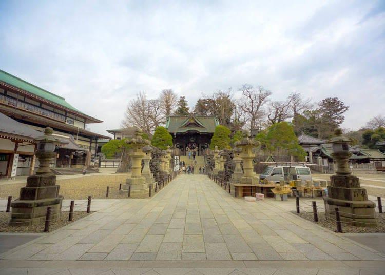 到成田山新胜寺的交通非常简单方便