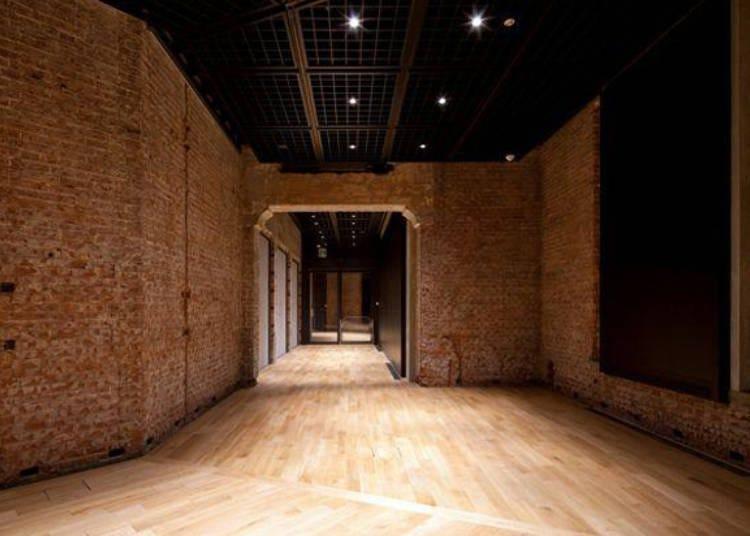 在重要文化财产的建筑里接受艺术的洗礼