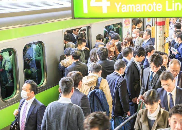 12.避免在電車尖峰時刻攜帶大型行李