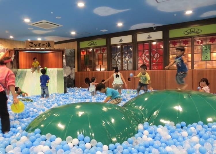 日本最大「兒童球池」就在晴空塔裡!「東京孩童區 兒童的球池溫泉」
