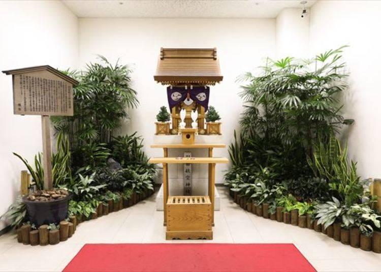 機場裡居然有神社?!祈願飛行平安的羽田空港神社