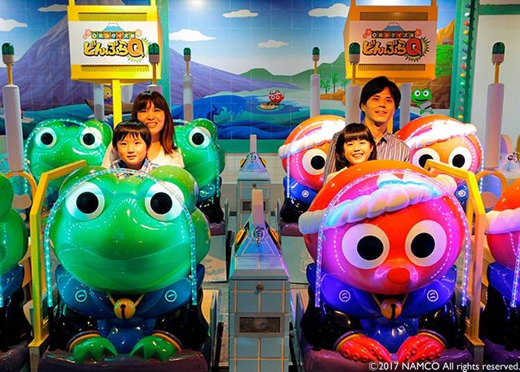 Fukubukuro 7-Chome Shopping Street: A Trip to the Past!