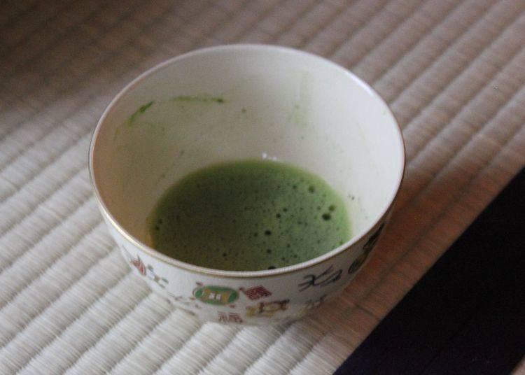 享受体验过后,接下来是关于茶道的提问时间