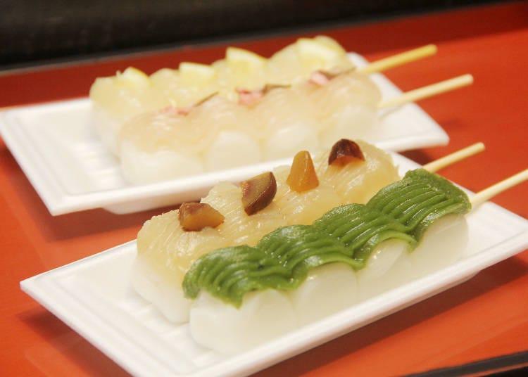 길거리 음식 2)다양한 단고 맛을 보기 위해 장사진 '와사보 가마쿠라 사쿠라노 유메미야 고마치도오리 본점'