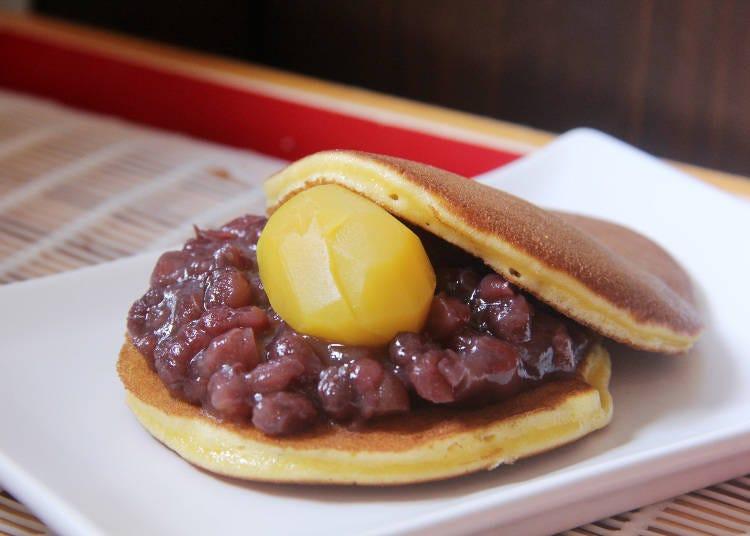 먹거리. 따끈한 도라야키를 먹을 수 있는 가마쿠라 스루가야 하세역앞점