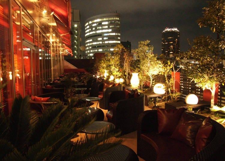 「FRANZUYA」户外开放座位,美丽夜景尽收眼底