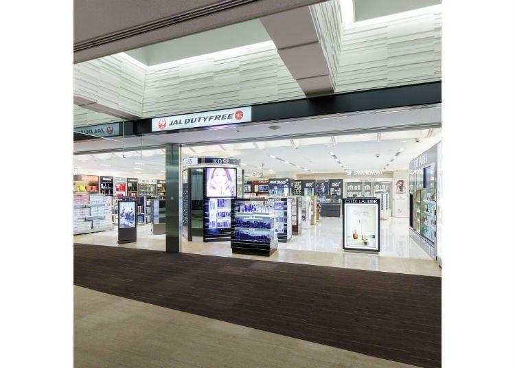 【JAL免税店1】サテライトに渡った後でもまだ買える!「JAL DUTYFREE サテライト店」
