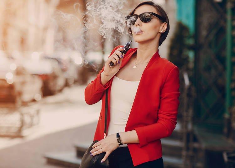 ファストフードやカフェの分煙が徹底していない。(韓国/20代/女性)
