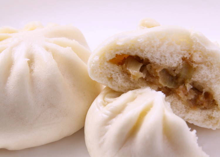 """""""Chuuka-man"""" (Chinese style buns), popular in winter, is a hot favourite as well!"""