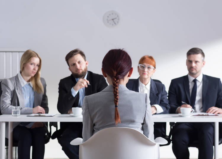 9) Why are There So Many People Sitting in Front of Me? Multiple Interviewers Play Different Characters
