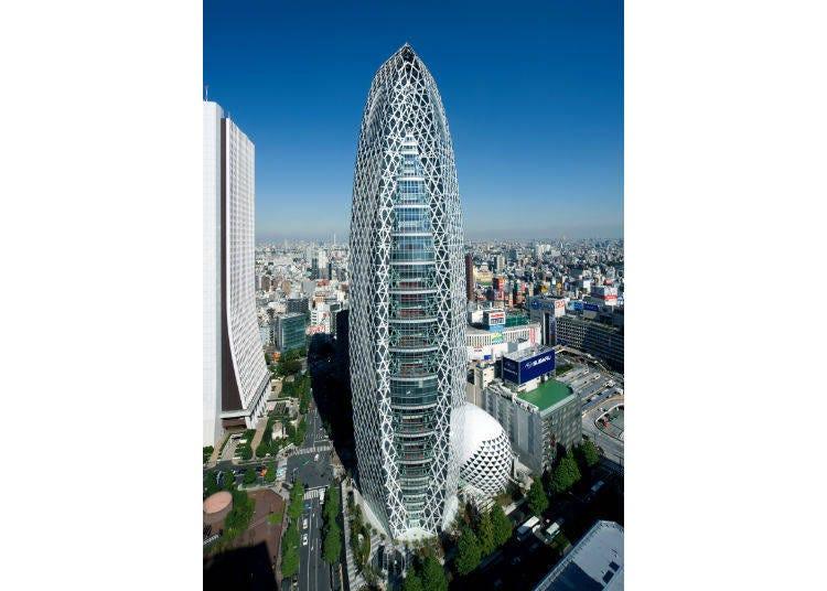 1. 像巨大的「蟲繭」的建築物?