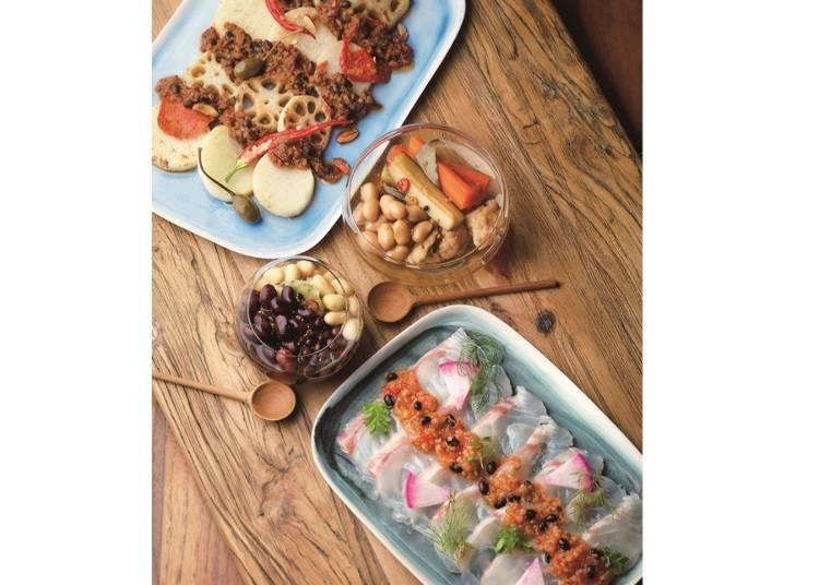 毎日の食卓に嬉しい三種三様の大豆ギフト。「食源探訪」の「新丹波黒 タマフクラ 黒千石ピクルス&ビンドレ」/西武渋谷店