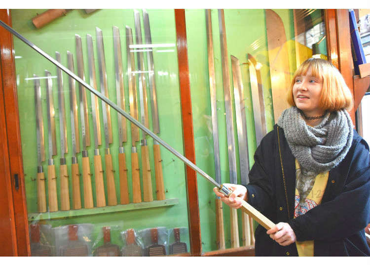 Traditionally Hand-Crafted Quality Knives in the Heart of Tsukiji