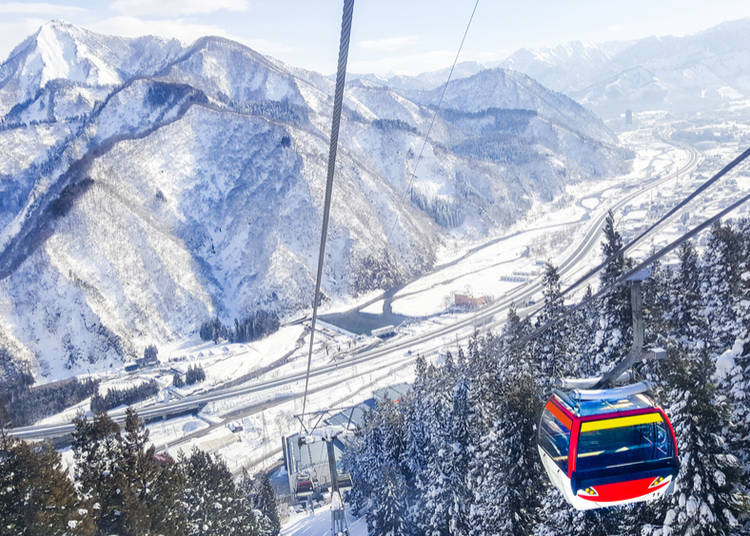 5. Skiing and Snowboarding in Niigata Prefecture