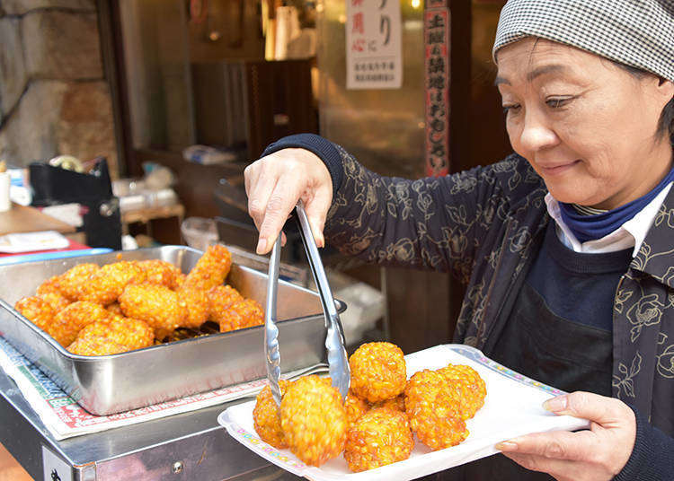 Japanese Street Food is Just Like You Imagine - And Here's One of The Best Places to Experience it (Tsukiji)