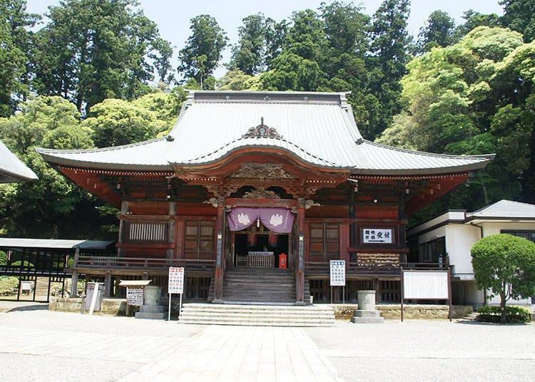 【千葉・鴨川市】日本屈指の朝日の名所まですぐ!宿泊設備が充実「清澄寺」