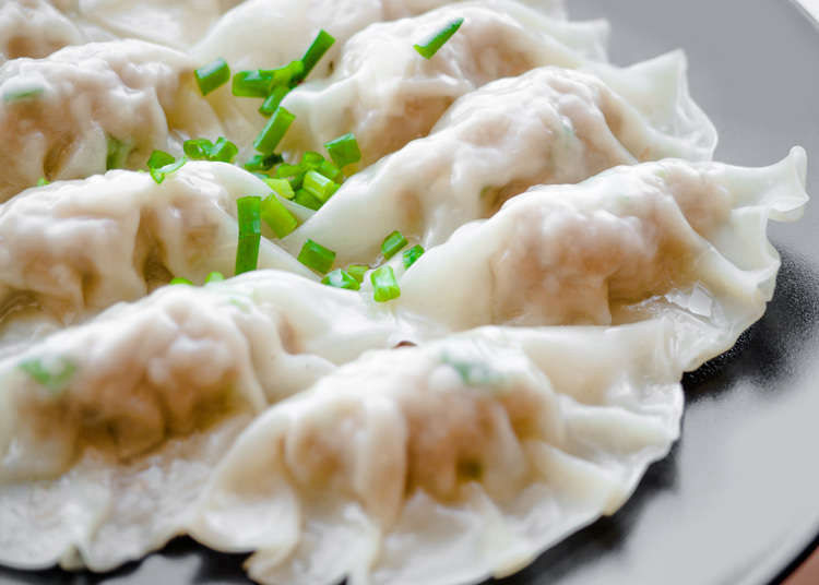 Potstickers Dumplings Gyoza Whatever You Call Them These 4 Spots Will Satisfy Your Cravings Live Japan Travel Guide