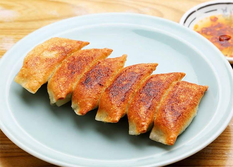 【浅草】カリカリ餃子がたまらない!地元民に愛され続ける「餃子の王さま」