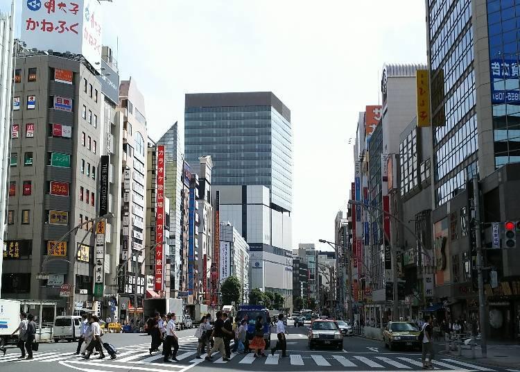 新舊並存的商店街!『上野中央通商店街』