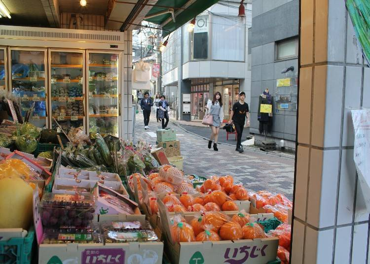 Kaori Ochi's Secret Sightseeing Tips #3: Exploring the Back Alleys of Harajuku and Omotesando with Their Many Down-to-Earth Shops