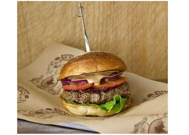 顛覆你對漢堡的想像!到自由之丘嚐嚐紐約發跡的健康漢堡店「Bareburger」吧!