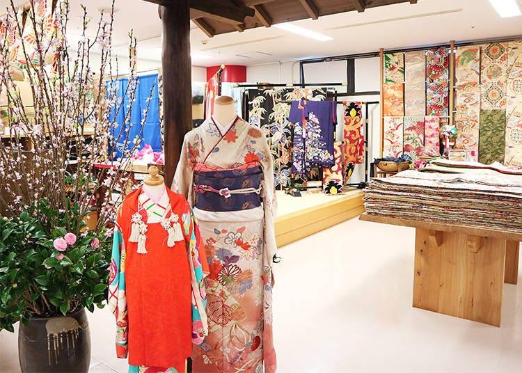 Buying a Kimono