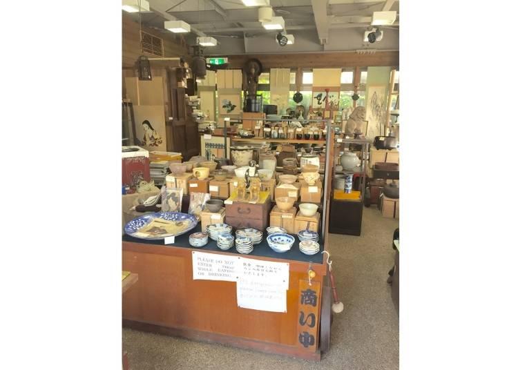 鎌倉で150年以上の歴史を誇る古美術店!『紅家美術店』