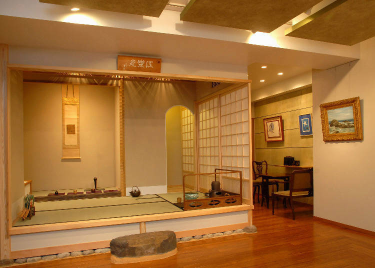 Kobijutsu Sasaki: Authentic Antiques in the Heart of Ginza