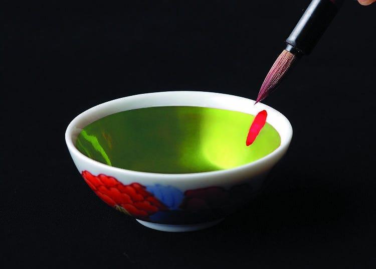 日本の伝統化粧料「紅」を堪能!『伊勢半本店 紅ミュージアム』