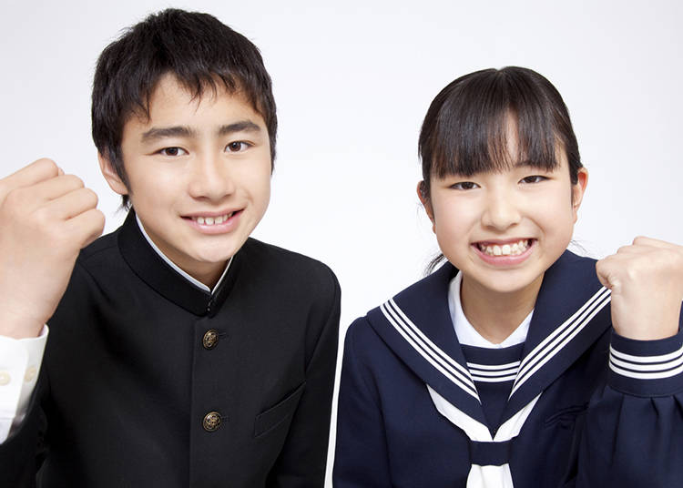 fa4ebae26 Even today, a lot of middle school uniforms have a high collar and are in  the sailor style. However, there are also schools that switch to blazers,  ...