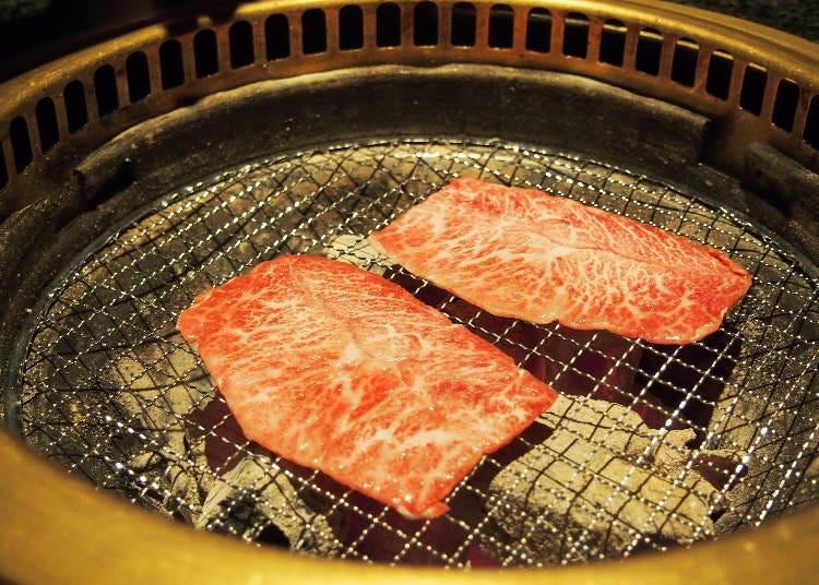 「燒肉・炙屋武藏」實際烤肉示範
