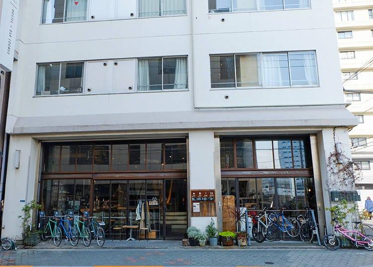 咖啡香繚繞的質感青年旅館「Nui. HOSTEL & BAR LOUNGE」咖啡廳
