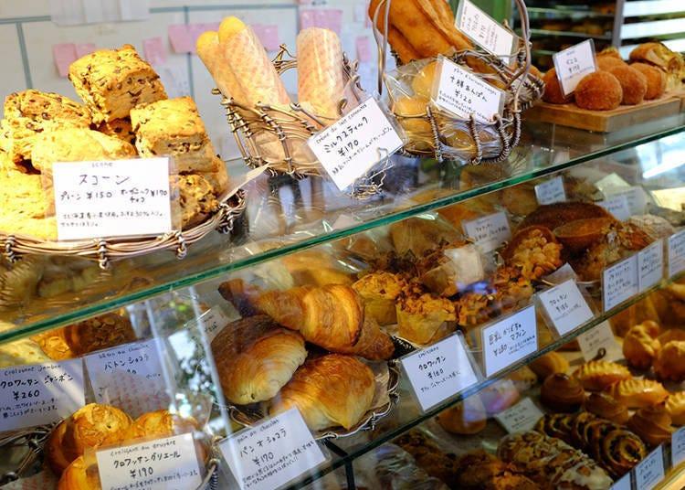 香濃咖啡搭配70種以上的麵包,每次都能吃到不同滋味的人氣麵包店「Katane Bakery」