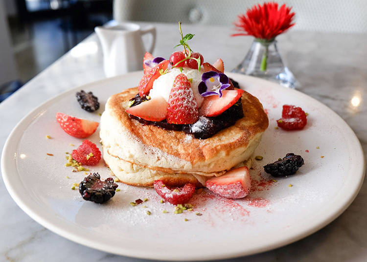 8. ELLE café Aoyama: Healthy, Delicious, and Beautiful