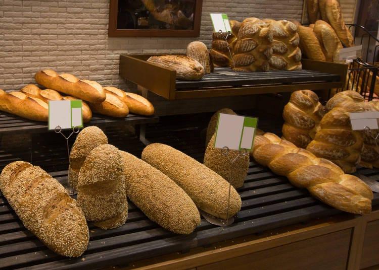 日本のパンは美味しいよ!けど、もはやパンじゃないものも多いね