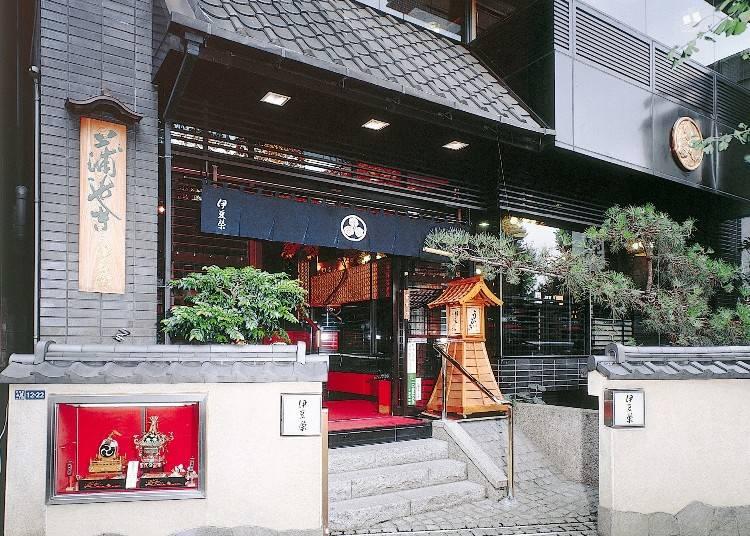 堅持300年的傳統風味,上野蒲燒鰻魚專門店「伊豆榮 本店」