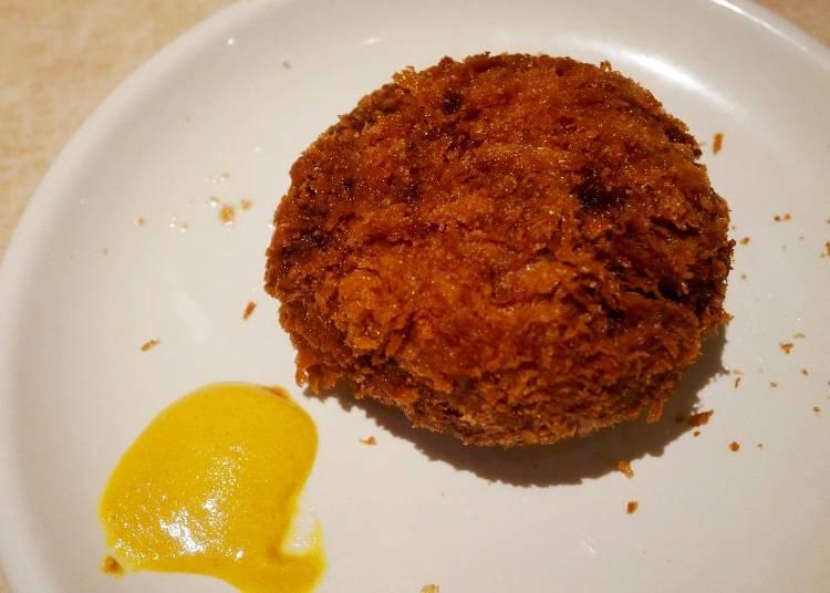 【200日圓】美味肉汁在口中流竄!「肉の大山」大山特製炸肉餅