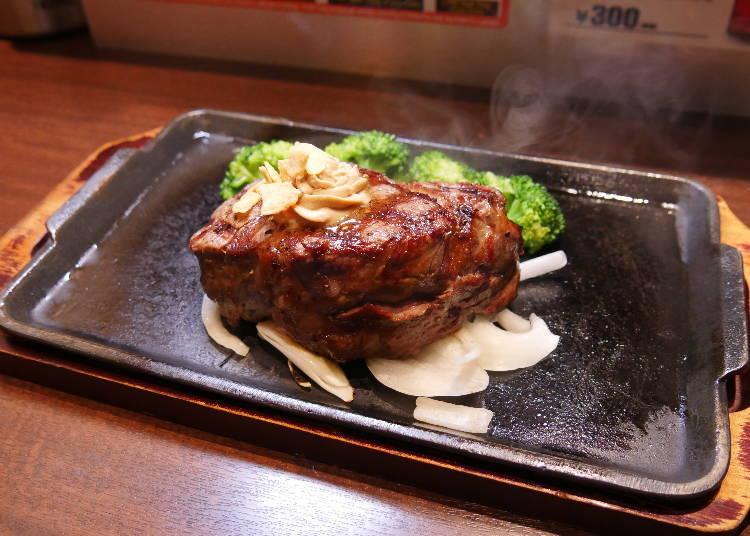 菲力牛排驚人的厚度,嗜肉者怎能抗拒!