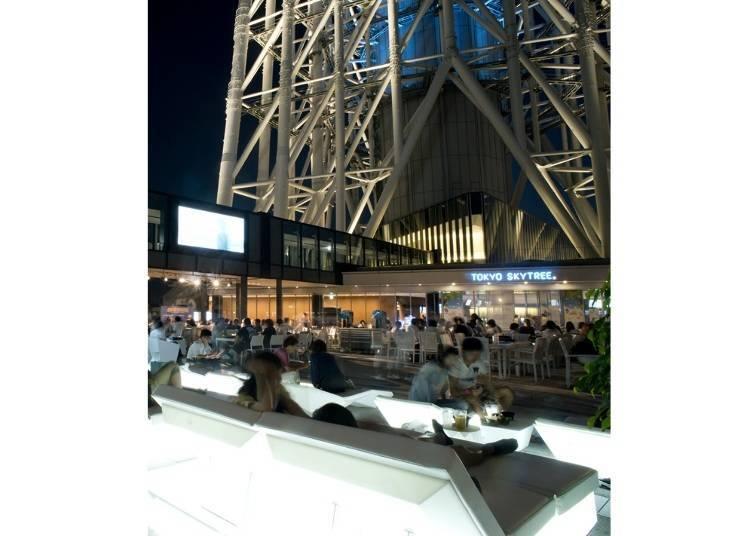 도쿄 스카이트리® 아래에서 즐기는 비어 가든/ 도쿄 소라마치®