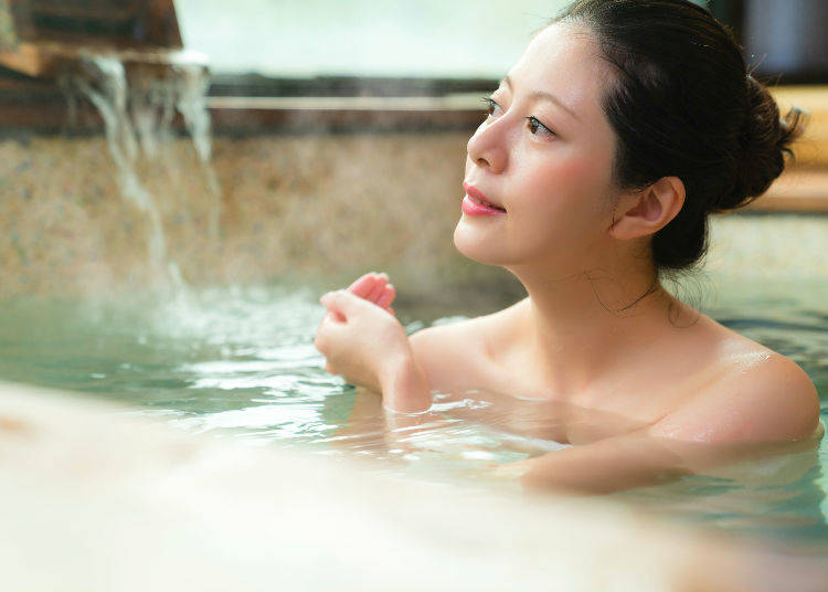 Beware of Purse-Snatching at Hot Spring and Public Bath Dressing Rooms