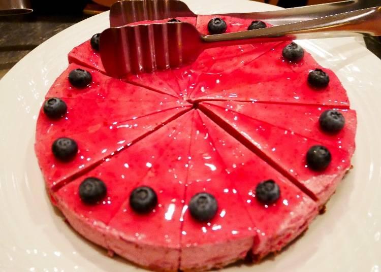 黑醋栗慕斯蛋糕(カシスムースケーキ)
