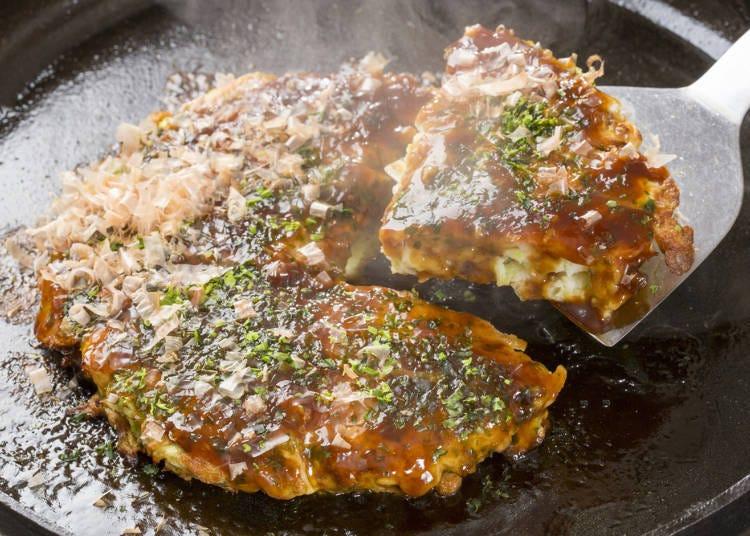 Unshakeable popularity! Okonomiyaki is the most popular street food!